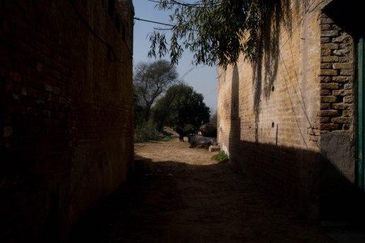 The narrow streets of Bama Bala