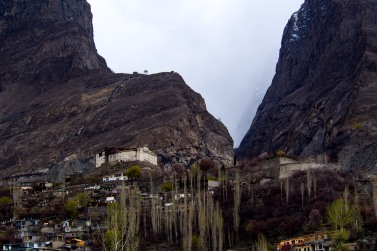 First sight of Himalayan architecture