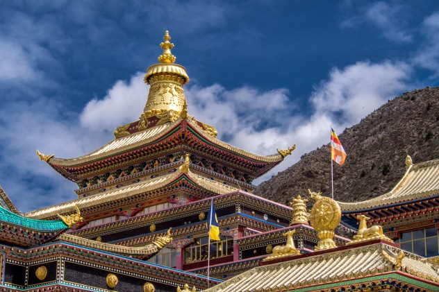 Newly built temples are quite common as the Chinese realise their value to tourism.